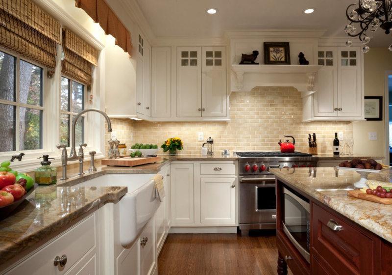 Кухня с мойкой под окном 5 (4)