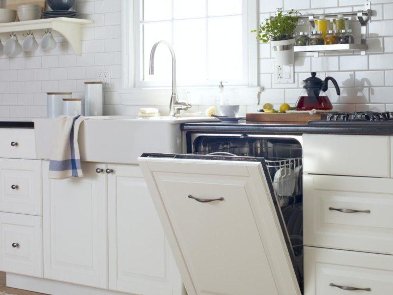 Кухня с посудомоечной машиной (1)