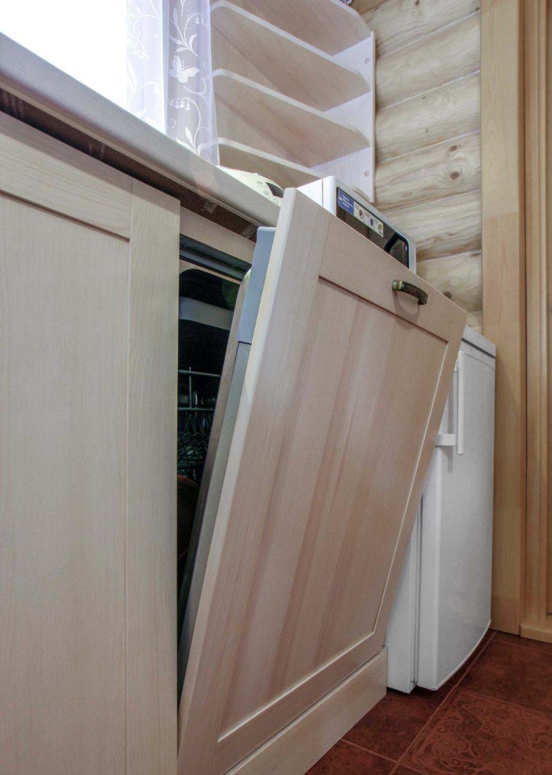 Кухня с посудомоечной машиной (12)