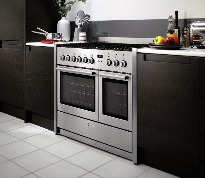 Кухня с посудомоечной машиной (17)