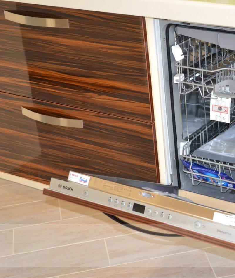 Кухня с посудомоечной машиной (3)