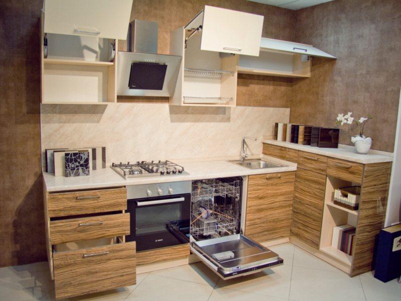 Кухня с посудомоечной машиной 5 (1)