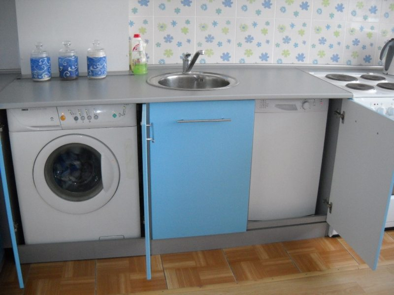 Кухня с посудомоечной машиной (8)