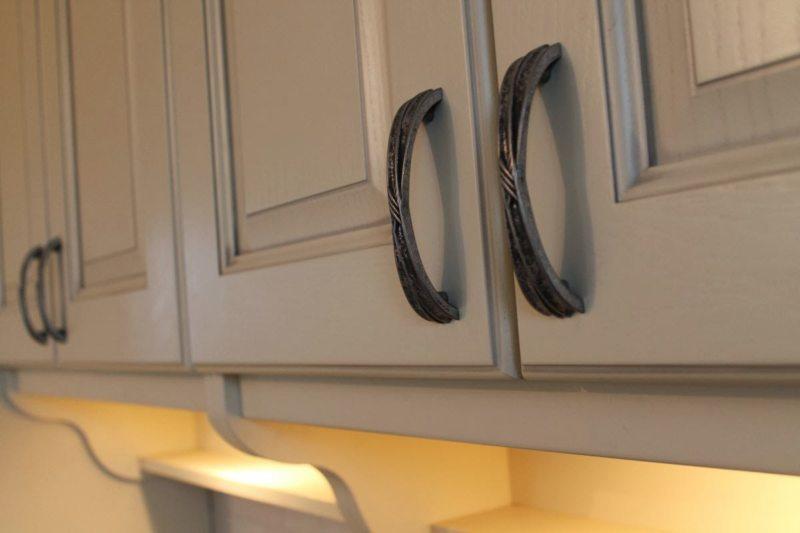 Кухня цвета слоновой кости (30)