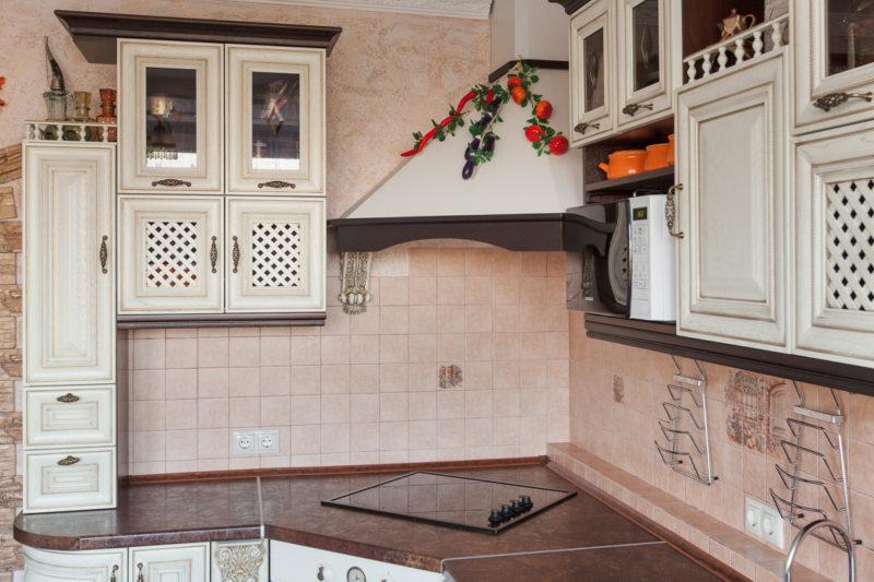 Кухня цвета слоновой кости (9)