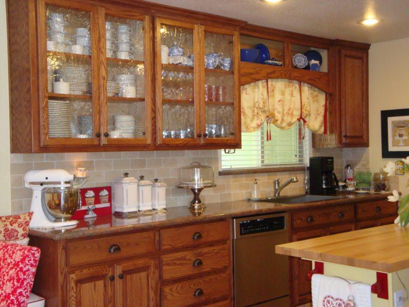Кухня в готическом стиле (25)
