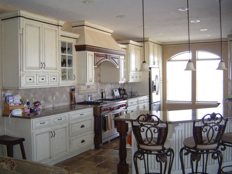 Кухня в готическом стиле (29)