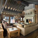 Living in a chalet-style (2)