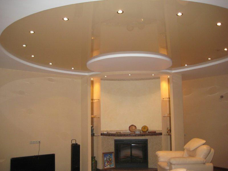 Натяжные потолки в гостиной (19)
