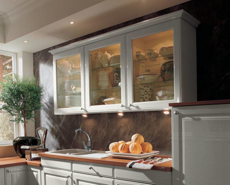 Освещение на кухне (001)