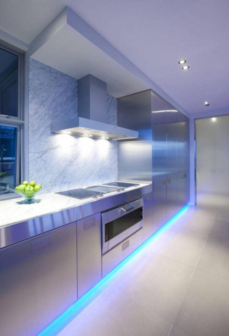 Как сделать светодиодную подсветку на кухне с выключателем