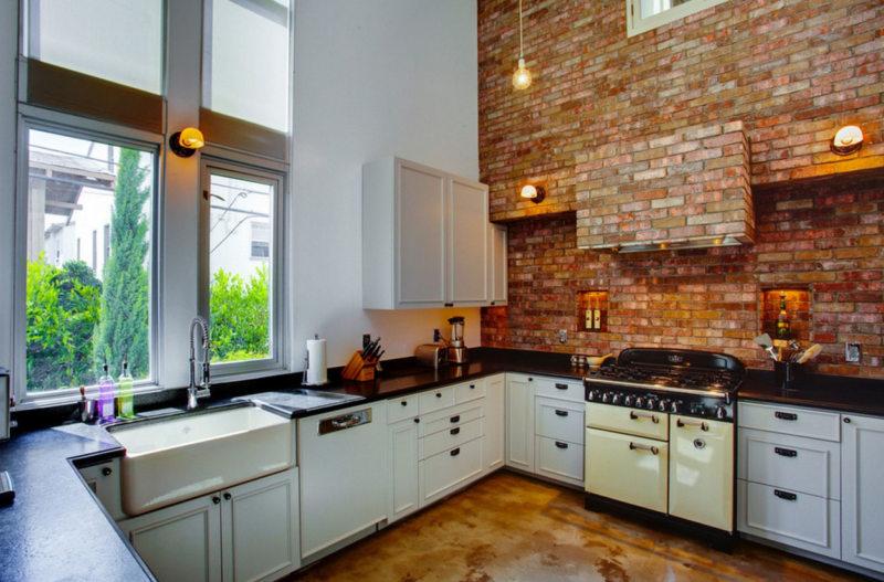 Стены на кухне (25)