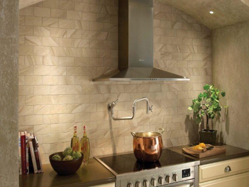 Стены на кухне (8)