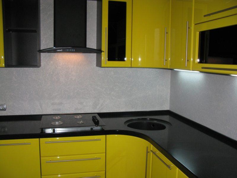 Желтая кухня (40)