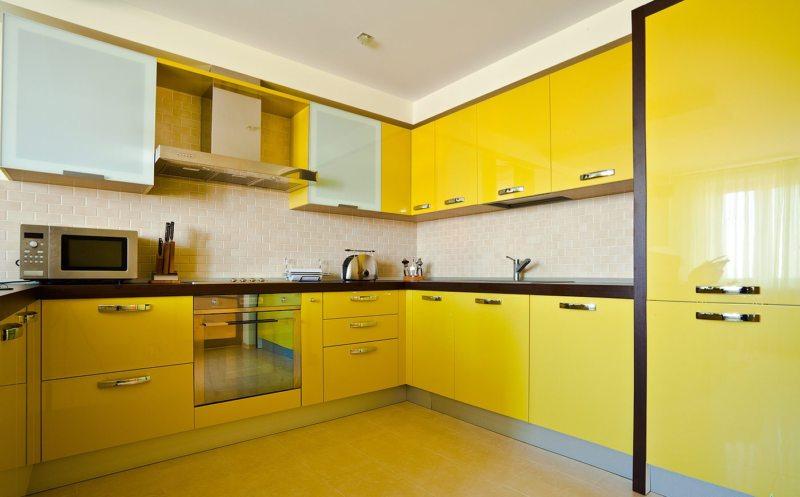 Желтая кухня (50)