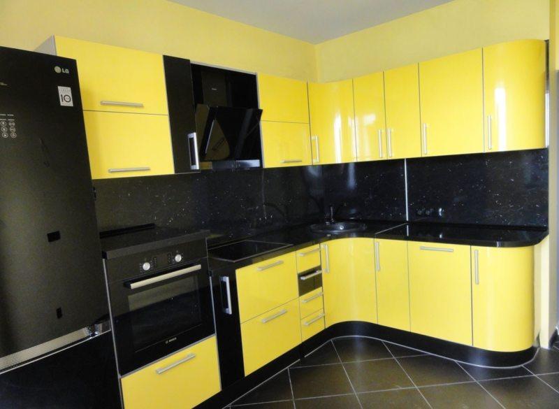 Желтая кухня (73)