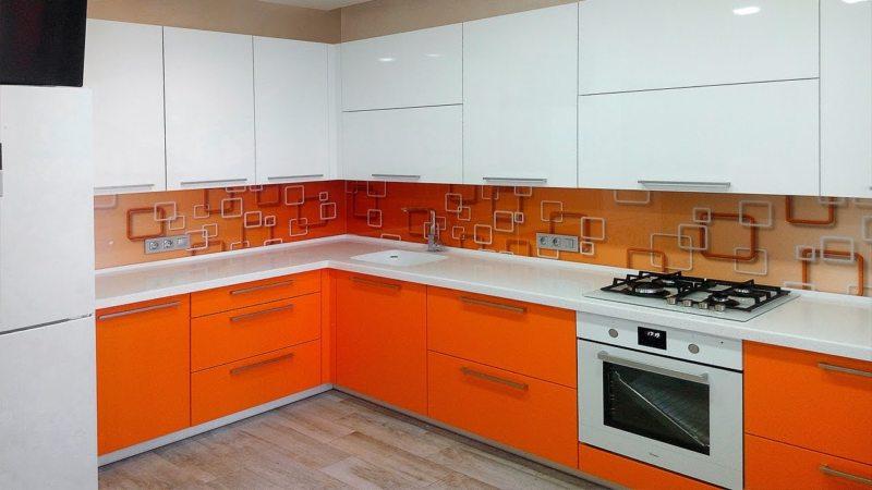 кухня персикового цвета (48)