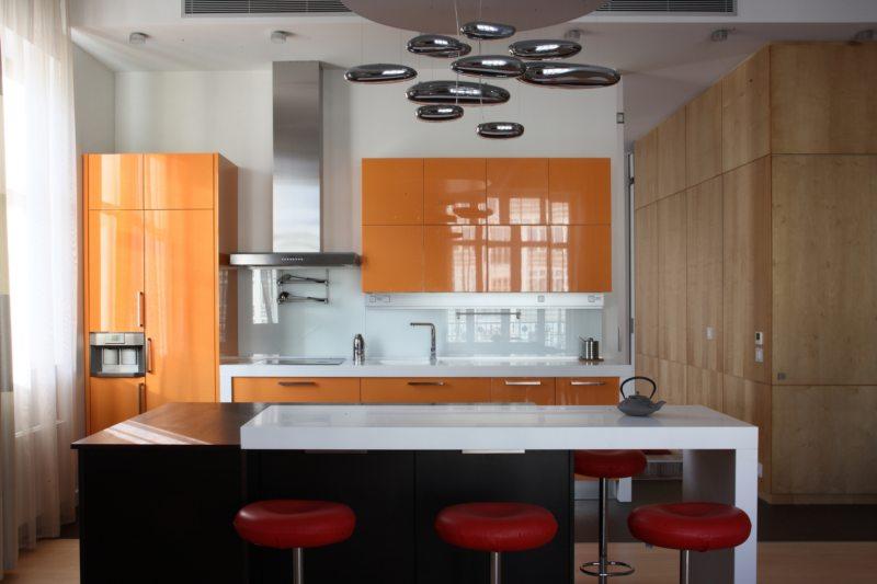 кухня персикового цвета (57)