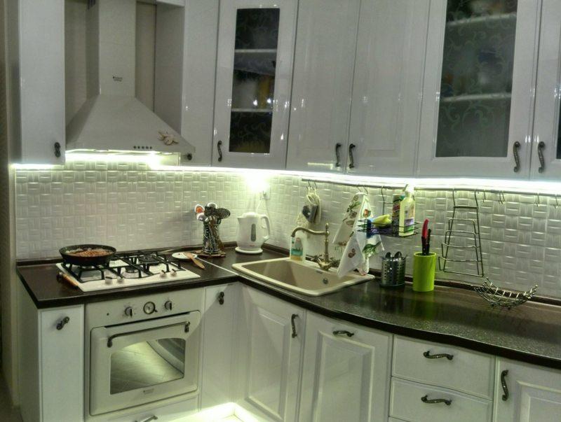 кухня в фисташковом цвете 1 (14)