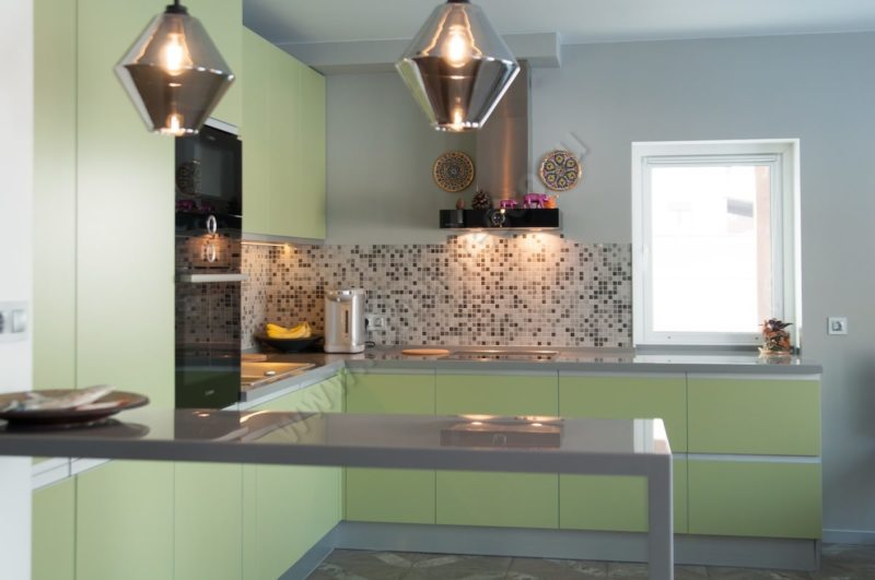 кухня в фисташковом цвете 1 (24)