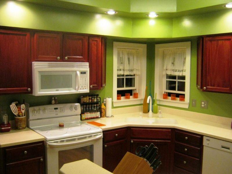 кухня в фисташковом цвете 1 (35)