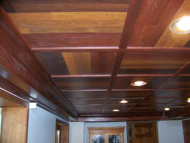 ламинат на потолке (1)