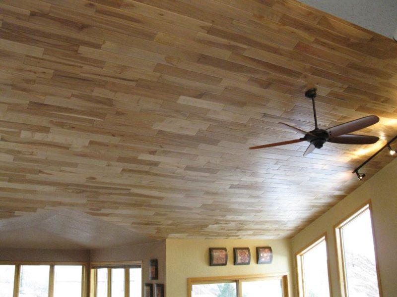 ламинат на потолке (2)
