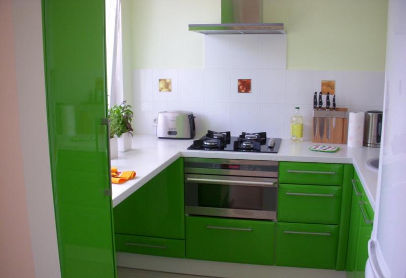 light green kitchen (02)