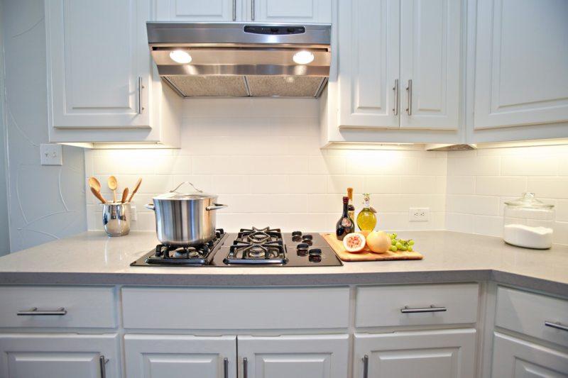 вытяжка на кухне 1 (12)