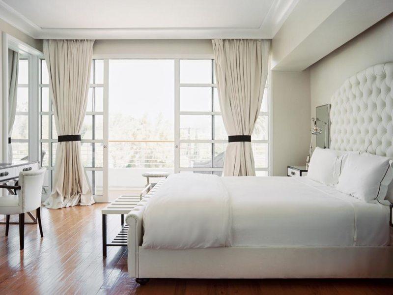 интерьер комнаты в светлых тонах фото