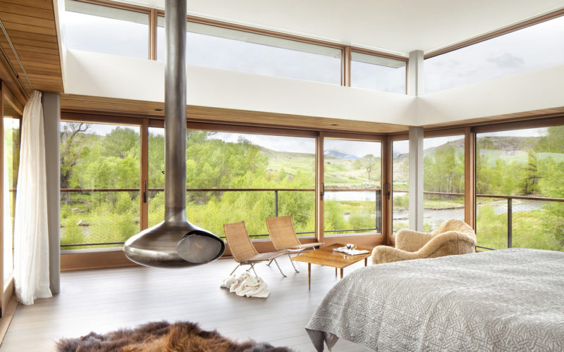 Bedroom with two windows 5 (15)