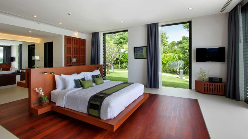 Bedroom with two windows 5 (4)