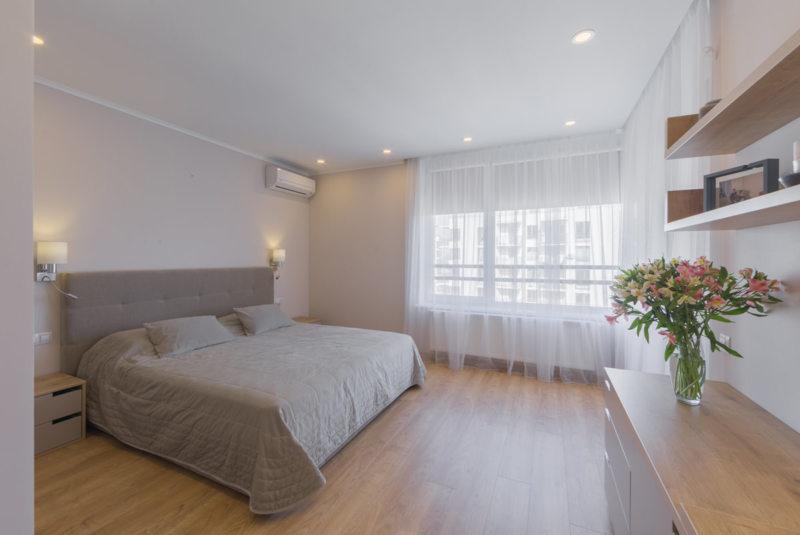 Beige bedroom (16)