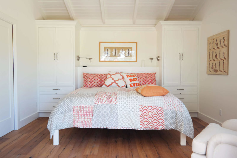 Beige bedroom (19)