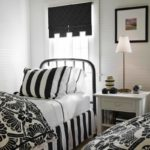 Black and white bedroom 5 (02)