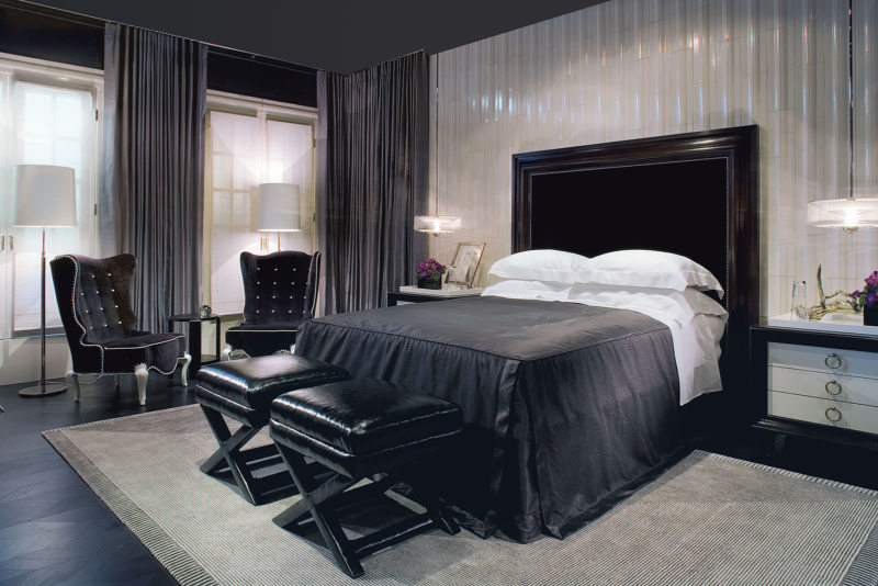 Black and white bedroom 5 (10)
