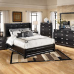Black and white bedroom 5 (3)