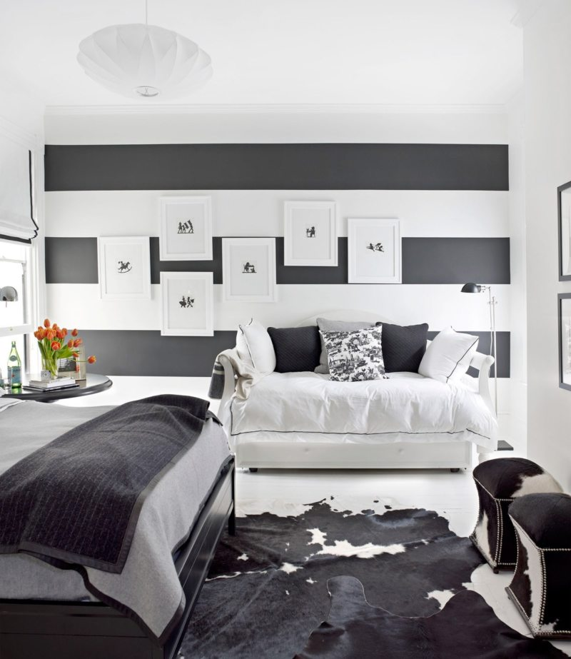 Black and white bedroom 9 (32)