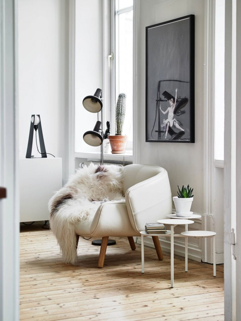 Chair in bedroom 9 (19)