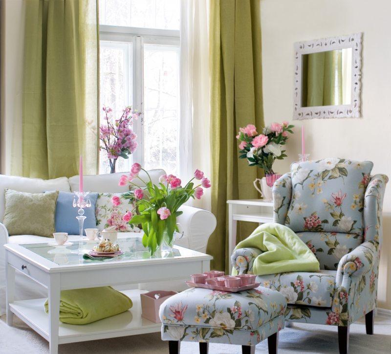 Chair in bedroom 9 (20)