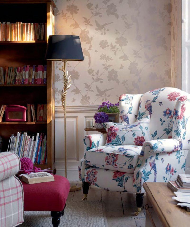 Chair in bedroom 9 (6)