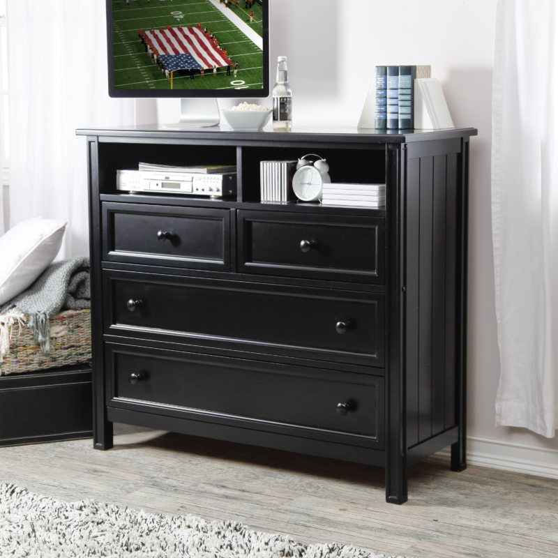 Chest of drawers in the bedroom (29)