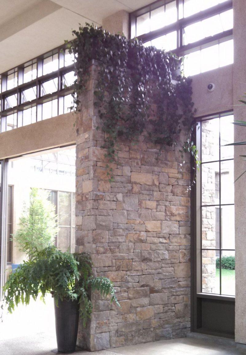 Декоративный камень в интерьере (13)