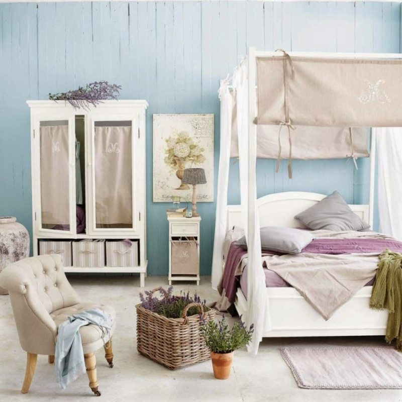 Голубая спальня (10)