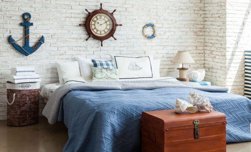Голубая спальня (38)