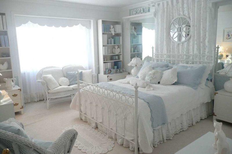 Голубая спальня (8)