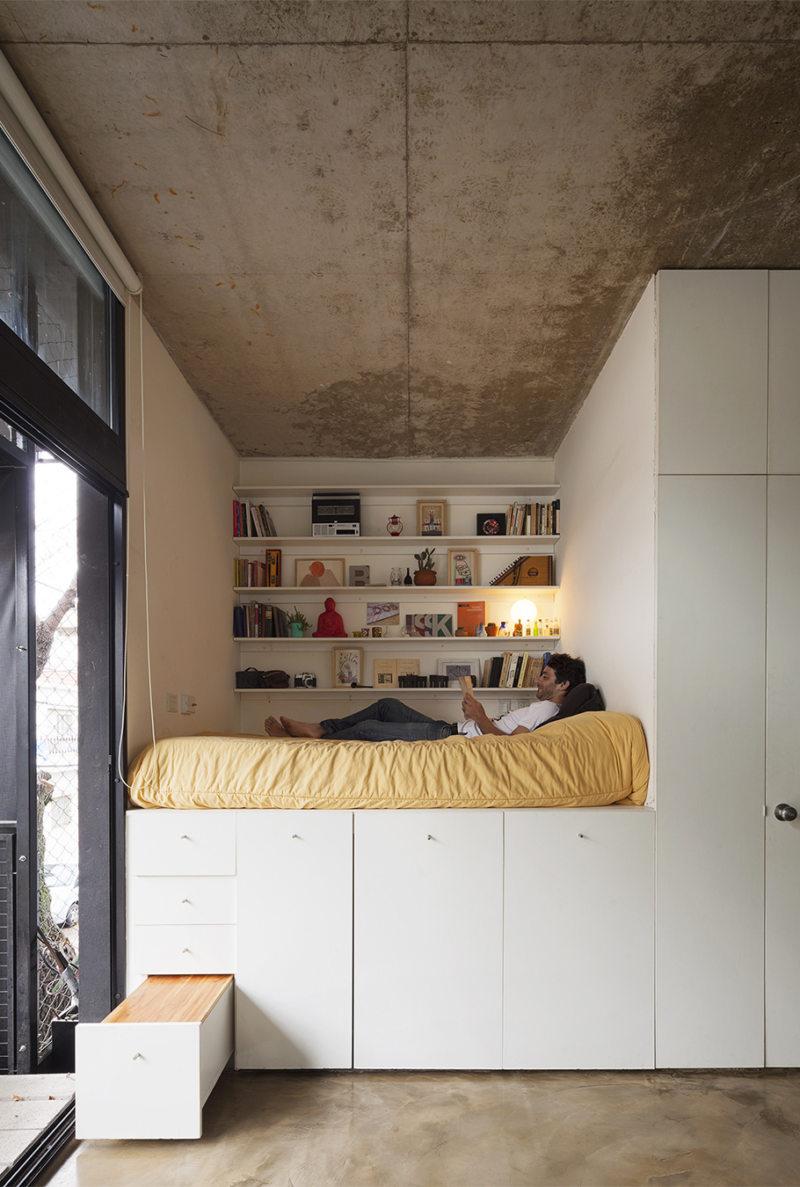 Кровать встроенная в шкаф (22)