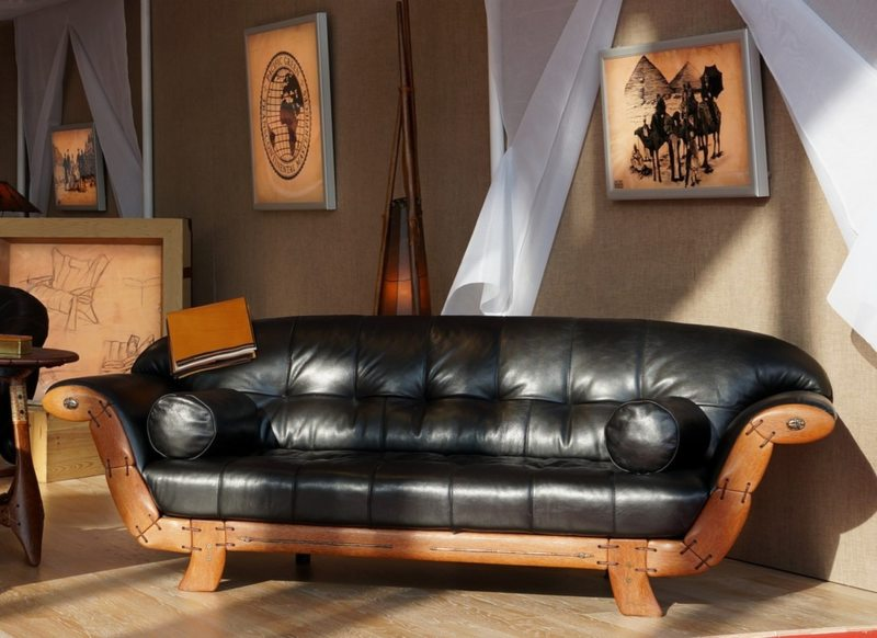 Leather seating living room (19)