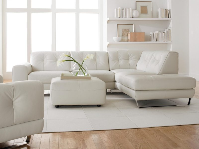 Leather seating living room (27)