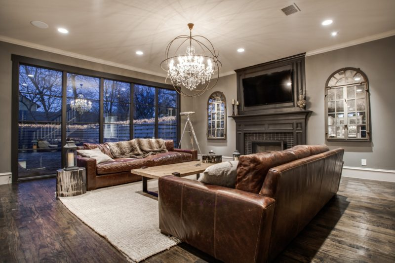 Leather seating living room0
